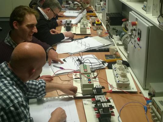 Sijbrand Seine Workshop Elektrotechiek Voor Beginners